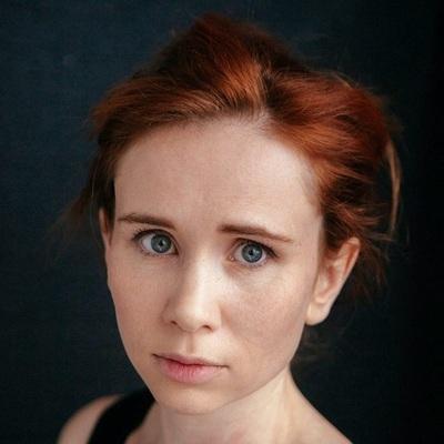 Яна Есипович