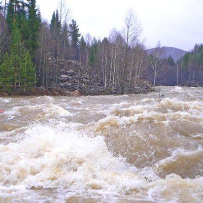 Жителей Забайкалья предупредили о высоком уровне загрязнения в реках