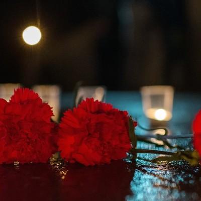 Погибших при взрыве и стрельбе в Керченском колледже похоронят рядом
