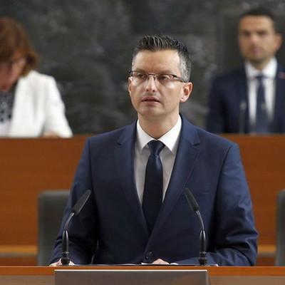 Новым премьер-министром Словении стал бывший комик Марьян Шарец, пародировавший премьер-министров