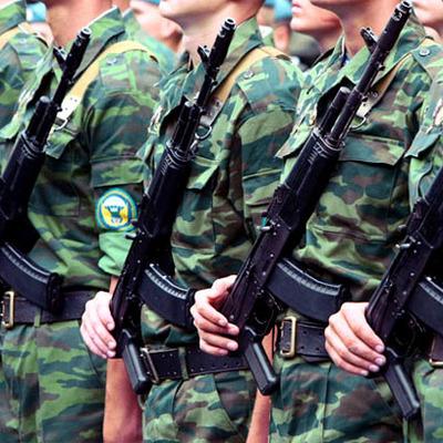 Военнослужащий погиб в результате случайного падения из окна в Челябинском гарнизоне