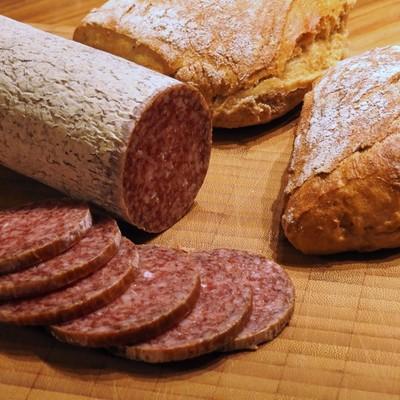Минздрав поддержал предложение ввести налог на колбасу