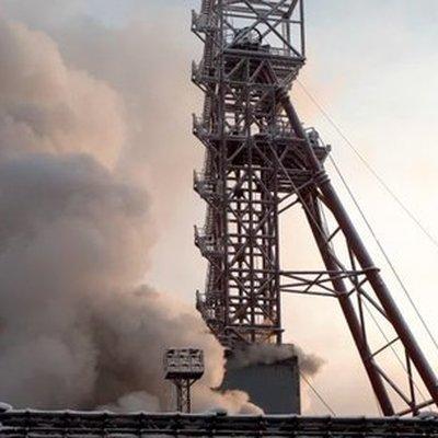 Около 100 человек задействованы в спасательной операции на шахте в Юрьевке