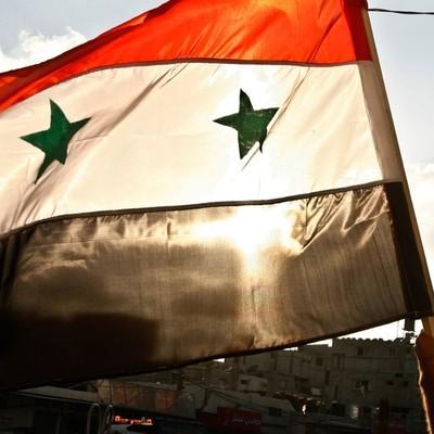 Российские военные доставили около трех тонн продовольственных наборов жителям Алеппо