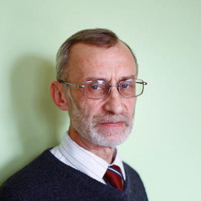 Леонид Перлов