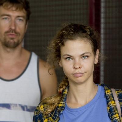 Нагатинский суд продлил срок задержания Насте Рыбке и Алексу Лесли