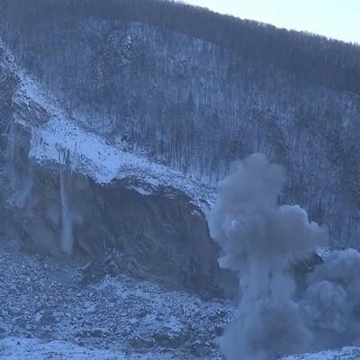 Эксперты изучили причины обвала скальных пород в реку Бурея