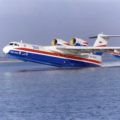 Два самолета Бе-200 и вертолеты МЧС прибыли в на дежурство в Забайкальский край