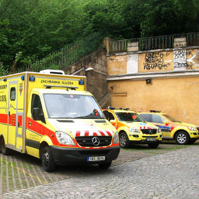 В Чехии 15 детей пострадали, упав с террасы гостиницы близ города Страконице