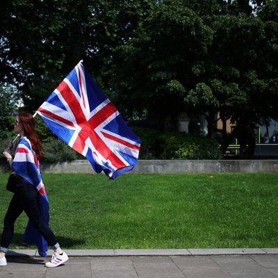 Британские парламентарии поддержали поправку Бенна-Берта