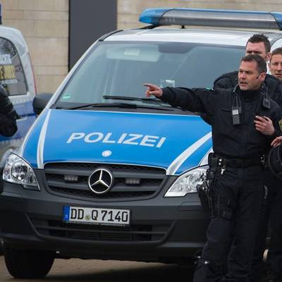 18 сотрудников полиции получили ранения на митинге в Берлине