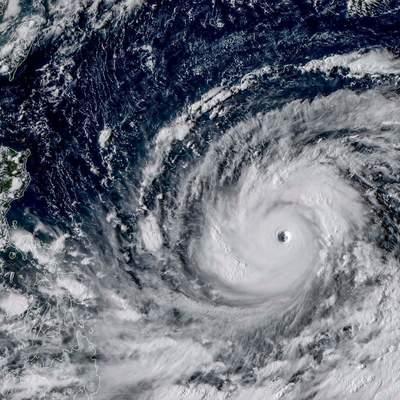 На Тихоокеанском флоте России объявлена штормовая готовность из-за тайфуна