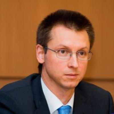 Петр Валерьевич Иванов
