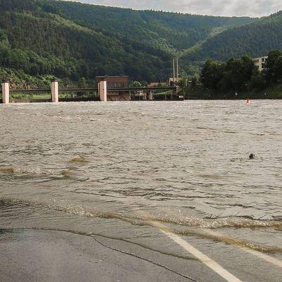 В Хабаровске число домов, подтопленных паводком, за сутки увеличилось с 4 до 37
