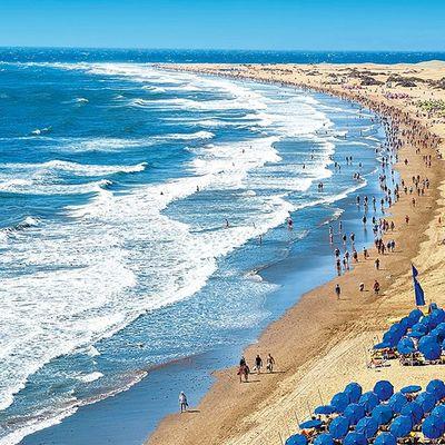 В Испании вновь закрывают пляжи из-за пандемии коронавируса