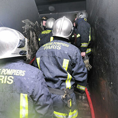 Пожар в пригороде Парижа Леваллуа-Перре уничтожил рынок