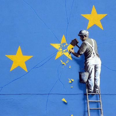 Работа уличного художника Бэнкси была уничтожена в английском городе Дувр