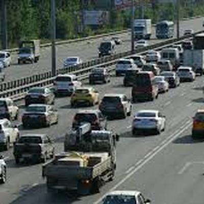 5 автомобилей столкнулись на внешней стороне МКАД на севере Москвы