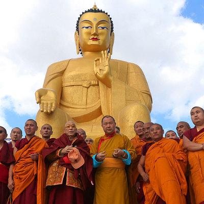 Самую большую в Европе статую Будды открыли в Калмыкии в городе Лагани