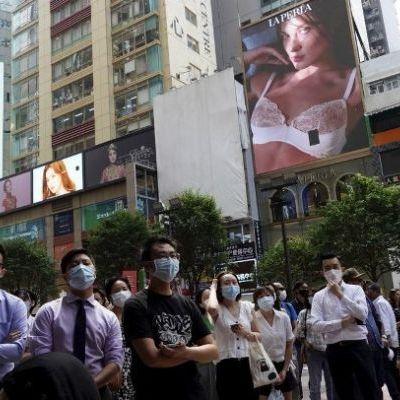 Власти Гонконга ужесточили ограничительные меры в ресторанах и барах