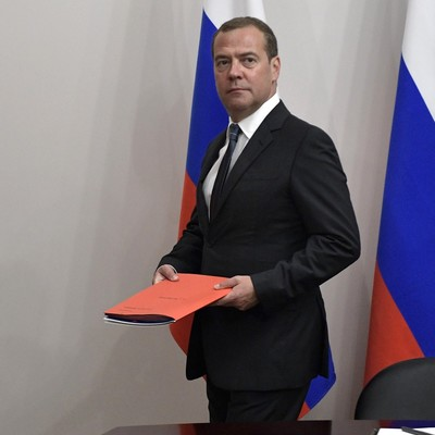 Медведев назвал