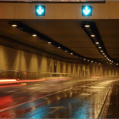 Массовая авария произошла сегодня в Лефортовском тоннеле в Москве