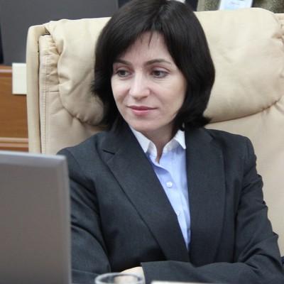 Парламент Молдавии отправил в отставку правительство Майи Санду