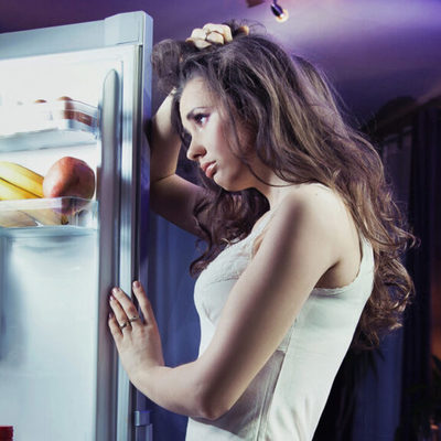 Поздние ужины опасны для женского здоровья