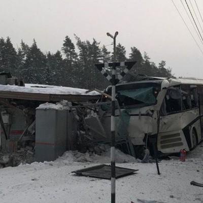 Число жертв ДТП с пассажирским автобусом в Казахстане увеличилось до восьми человек