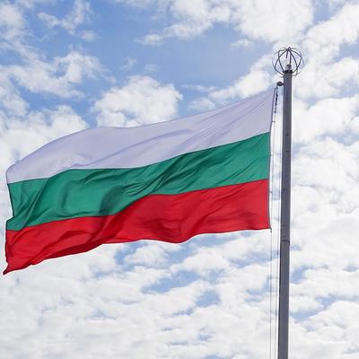 Болгария открывает рестораны и кинотеатры