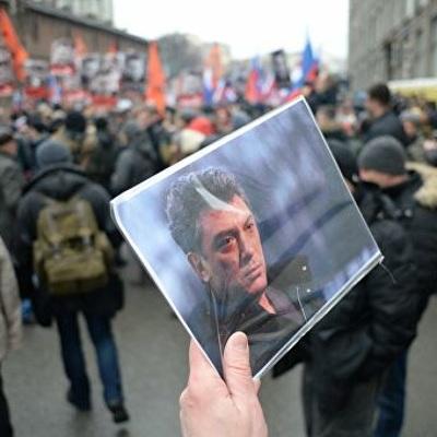 Правоохранительные органы не зафиксировали правонарушений на маршах памяти Немцова