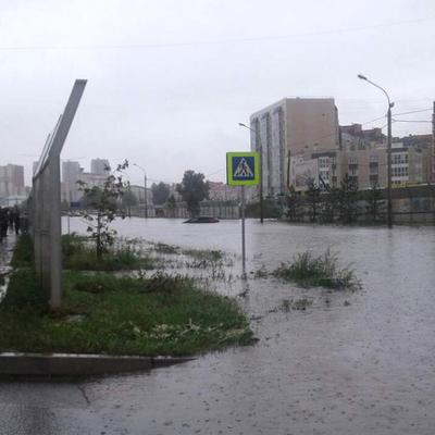 Оползень сошел на одну из улиц в Красноярске