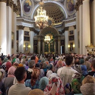 Жители Московской области смогут посещать храмы РПЦ