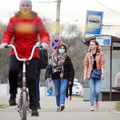 Очередной этап смягчения коронавирусных мер стартует сегодня в Москве