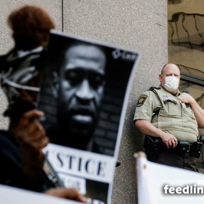 Церемония прощания с афроамериканцем Джорджем Флойдом началась в Миннеаполисе