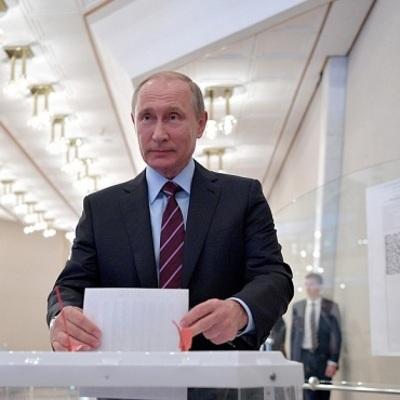 Владимир Путин поблагодарил россиян за одобрение поправок в конституцию