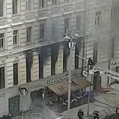 Пожар в историческом доме на Тверской локализован, распространение огня остановлено