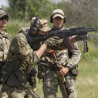 Украинские диверсанты напали на наблюдательный пост в ЛНР, 5 ополченцев погибли