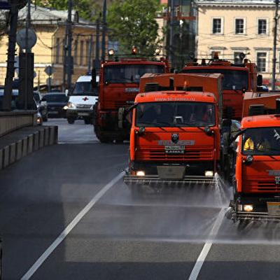 Коммунальная техника на электротяге начала работать в Москве