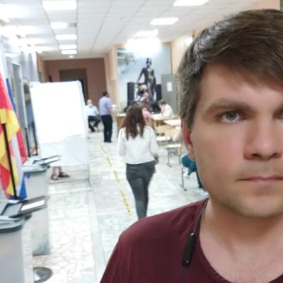 Российский журналист Важенков отпущен на свободу под обязательство о явке