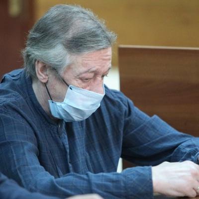 Ефремов выплатит компенсации гражданской жене и матери погибшего Захарова