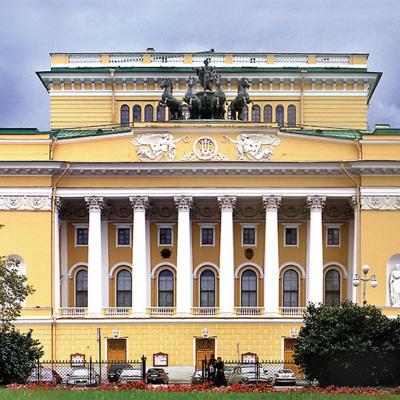 Санкт-Петербург получил туристический