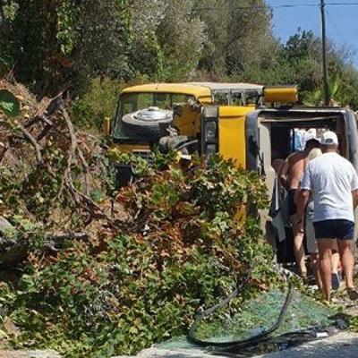 11 россиян пострадали в результате ДТП с участием автобусов на юге Турции