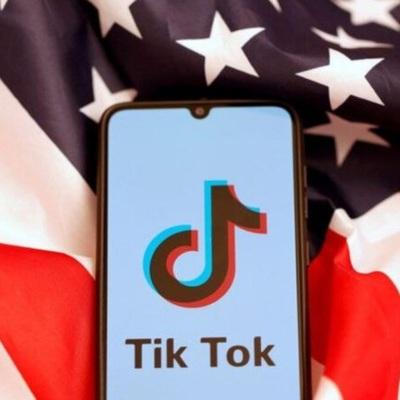Трамп одобрил сделку между Oracle и TikTok
