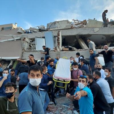 Число погибших при землетрясении на западе Турции возросло до 26
