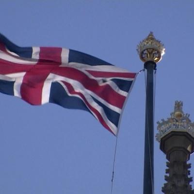 Великобритания смягчит правила въезда в страну