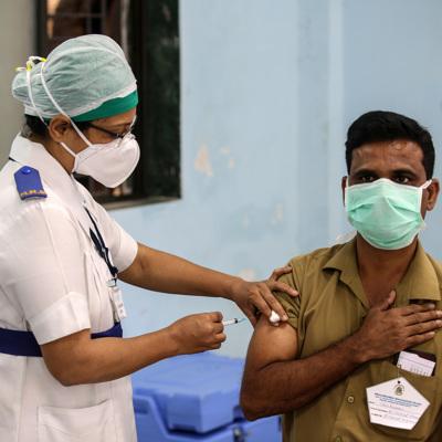 В Дели началась четвертая волна коронавируса