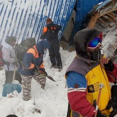 Поисковые работы на месте схода лавины в Домбай полностью закончены