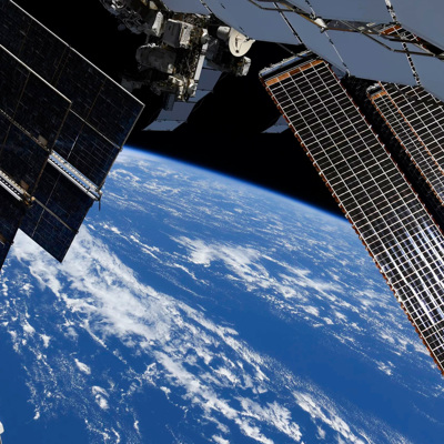 Экипаж МКС нанесет еще один слой герметика на трещину на станции