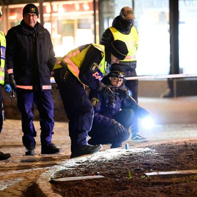 СМИ раскрыли личность подозреваемого в вооруженном нападении в Швеции